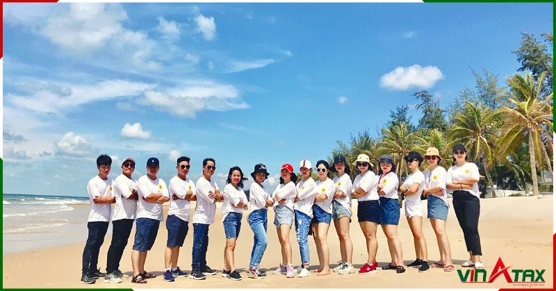Tập thể Vinatax ấn tượng với chuyến du lịch nghỉ dưỡng tại Hồ Tràm